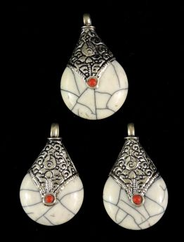3 Tibetan Beads White Crackle Silver Repoussee Loose