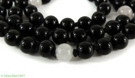 Black Beads Round Glass Africa 31 Inch