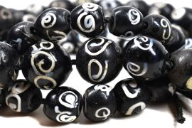 Zen Venetian Trade Beads Black and White African 25 Inch