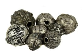 8 Yemeni Silver  Hollow Beads COOPER COLLECTION