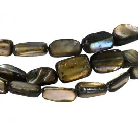 Shell Pearlescent Beads Africa 28 Inch